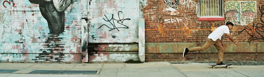 Europet Graffiti Wall I Superior Materials Fish & Aquariums